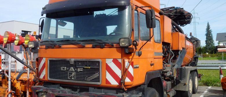 Dorotheum versteigert Fahrzeuge und Geräte der Asfinag