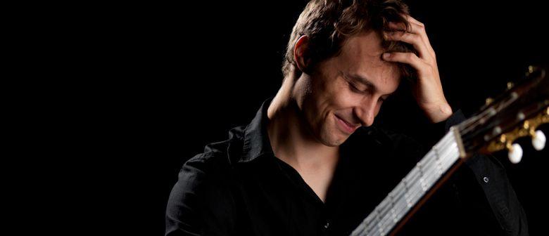 "David Lindorfer ""nylon crossover guitar"" od. ""groove guitar"""