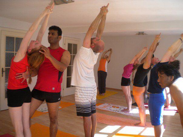 bikram yoga workshop bregenz bregenz wohintipp. Black Bedroom Furniture Sets. Home Design Ideas