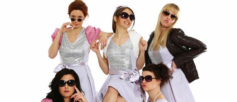 5 im gleichen Kleid - Komödie von Allan Ball