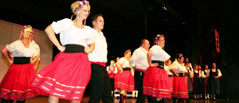 Trachtengruppe Lustenau - Aufführung zum Muttertag