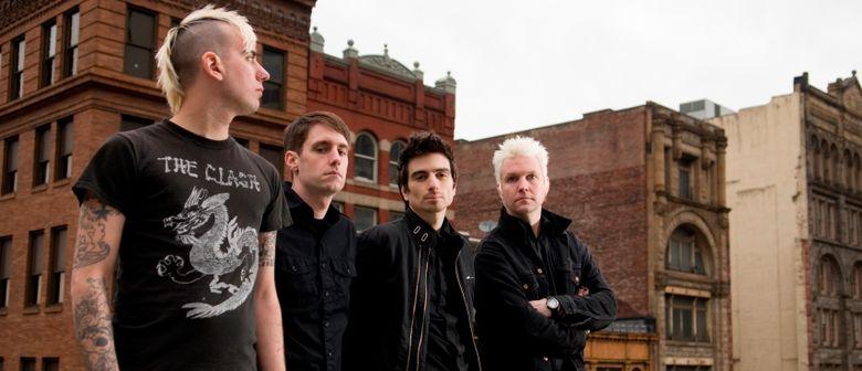 Anti-Flag + Donots (Szene Openair Encore) @ Conrad Sohm