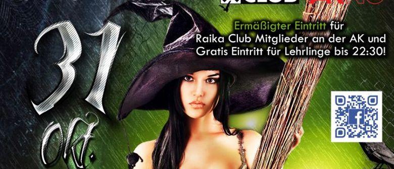 Halloween Monster Bash - € 500,-- bei der Kostümprämierung
