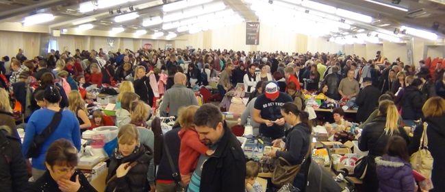 Riesiger Baby Kinder Flohmarkt 15feb2015 Wien Liesing 23