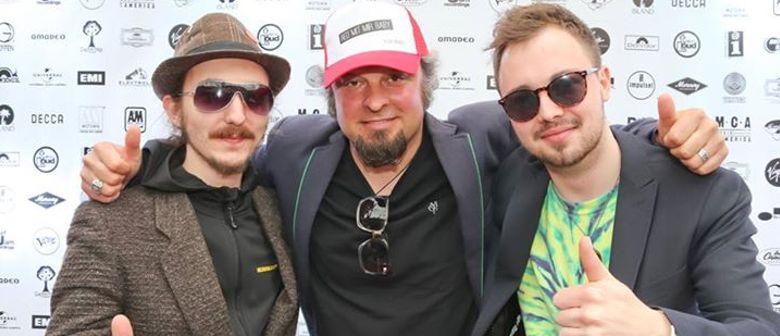 Trio CHINATOWN