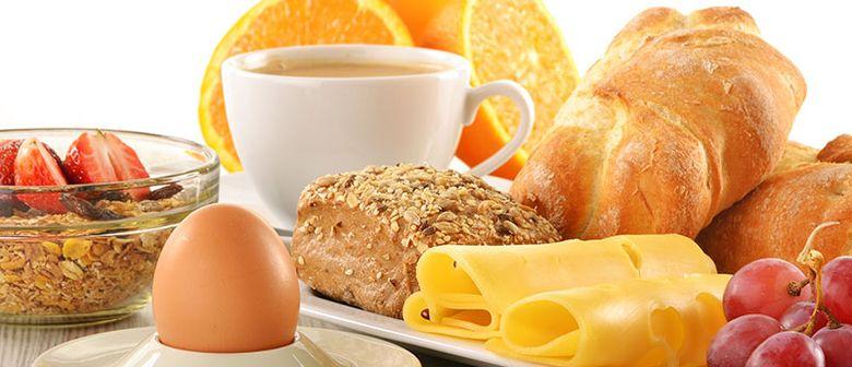Frühstücken im Cafe Schopenhauer