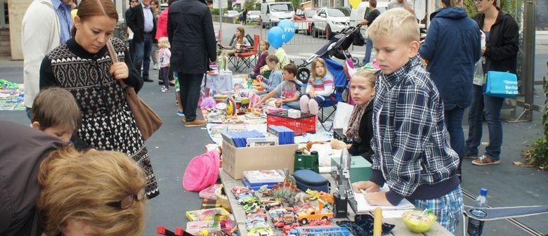 Kinderflohmarkt mit Kindercafé