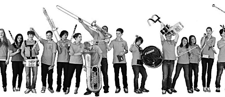 Jugendmusik & Modenschau Ninnimo