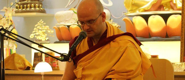 Meditieren lernen mit einem buddhistischen Mönch