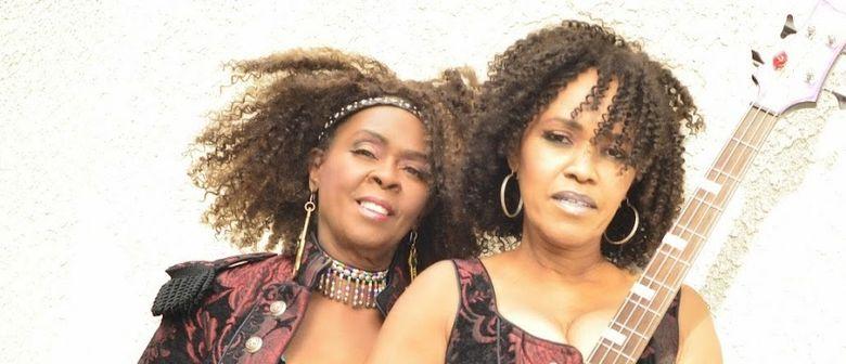 Blues im Madlen - Guitar Sallye & Tamah/Aka B Girls /Teil II