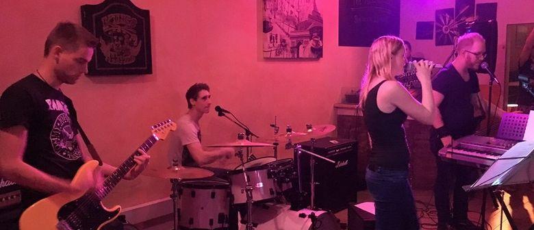 NEXUS: MUSIK im Café: Lokale Bandrunde: The Reckless