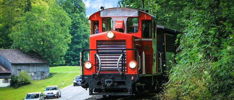 Nostalgiezug mit Diesellok - Bregenzerwaldbahn-Museumsbahn
