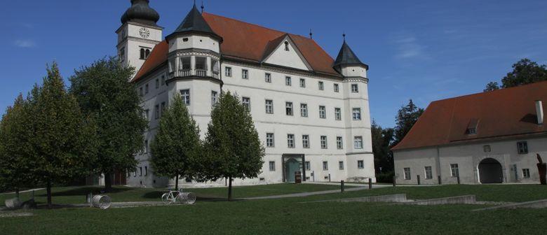 Gedenkfeier im Lern- und Gedenkort Schloss Hartheim