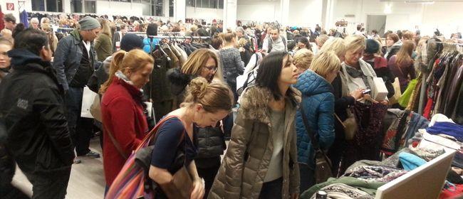 Frauen-Flohmarkt So,17.Dez.2017 Wien-Modecenter