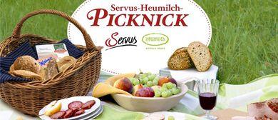 Servus-Heumilch-Picknick im Wiener Augarten