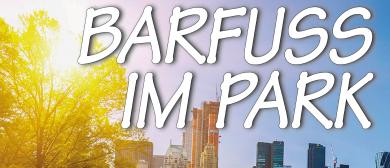 BARFUSS IM PARK