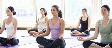 Yoga Basics mit Sarah