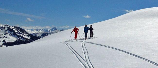 Skitour im Schneereich Damüls