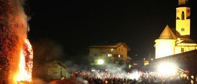 Funkensonntag in Fontanella