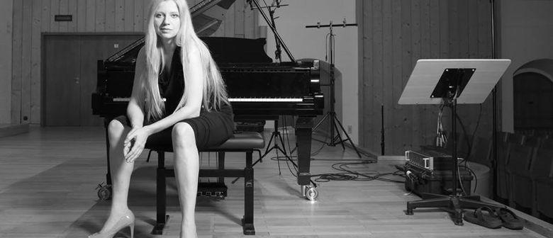 "Valentina Lisitsa ""Love Story-Piano Themes"" Live & Signierst"