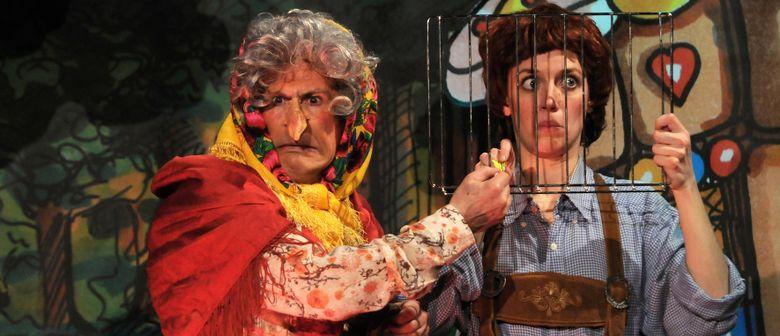 Hänsel und Gretel überlisten Hexe im Theater L.E.O.