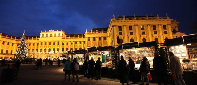 Kultur-und Weihnachtsmarkt & Neujahrsmarkt Schloß Schönbrunn