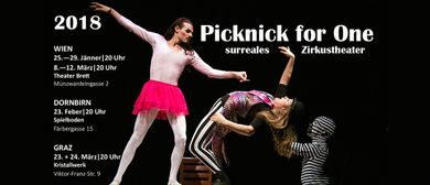 Picknick for One (surreales Zirkustheater) + ego-show.com