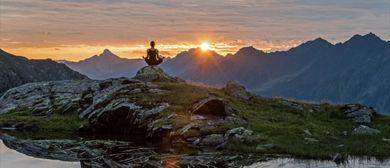 Yoga auf der Ravensburger Hütte