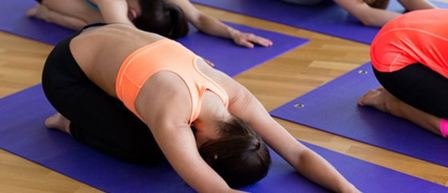 Vinyasa Yoga am Morgen nach den 5 Elementen