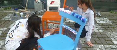 Art contact project - young recycling artist