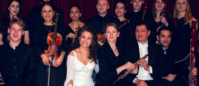 Daniela de Santos und das Celestina Kristall-Orchester