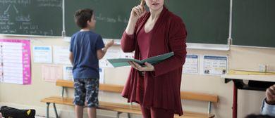Die Grundschullehrerin - Primaire, LeinwandLounge allerArt