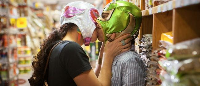 GoWest-Queer Film: Signature Move