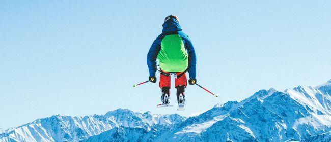 Hahnenkamm gucken und Apres Ski Party in Tosters