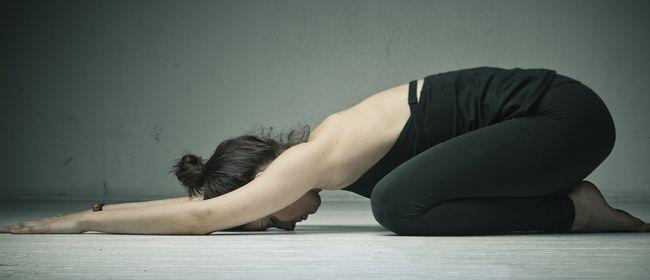 YUN YOGA nach der Geburt und Yoga für AnfängerInnen