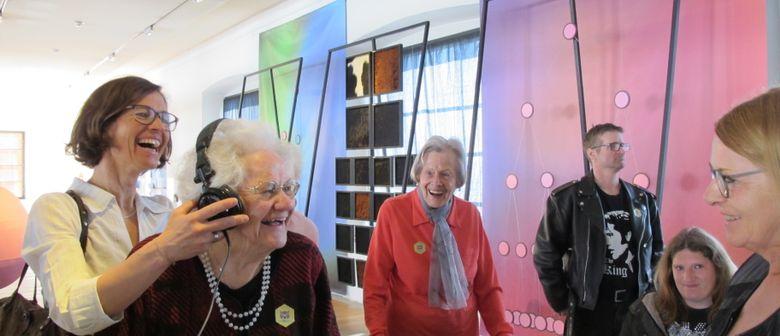 Einblicke - Kulturvermittlung für Menschen mit Demenz