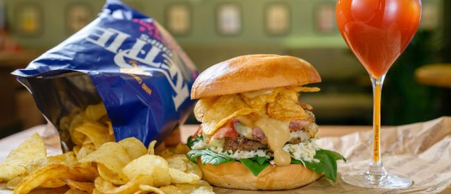 MUST-TRY FÜR BURGERFANS: Crunchy Burger Pairing @Cafe Mendez