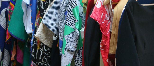 Kleidertauschparty für Frauenkleidung