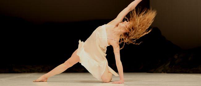 Tanztheater Wuppertal Pina Bausch: Masurca Fogo