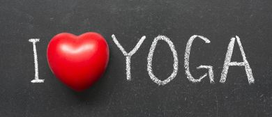 CURVY YOGA (Yoga für Übergewichtige)