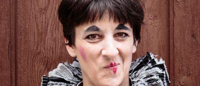 Clownfrau Martha Labil