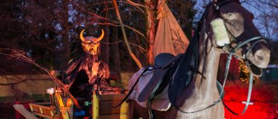 Sehenswertes Krampus-Programm beim Hellbrunner Adventzauber