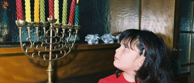 Kinderprogramm: Wir feiern Weihnukka!