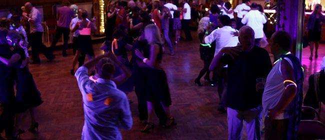 Tango Argentino lernen und üben