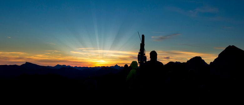 BERGaktiv Sonnenaufgangswanderung auf das Zafernhorn
