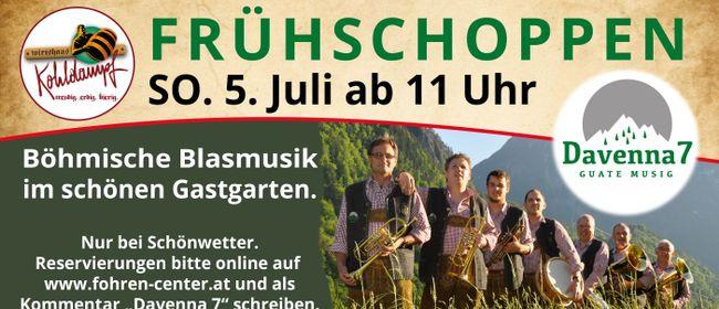 Frühschoppen mit Davenna 7 live im Fohren Center Gastgarten