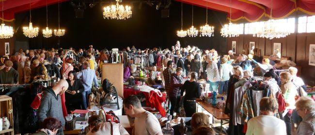Flohmarkt im Freudenhaus