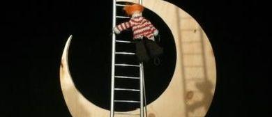 Ein kleiner Clown will hoch hinaus