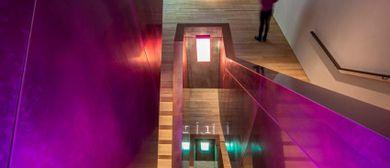 Lichtinstallation: Farben/Lichter/See