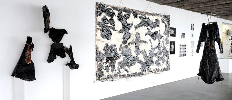 SÜHNE: Lesungen in der Galerie Lisi Hämmerle
